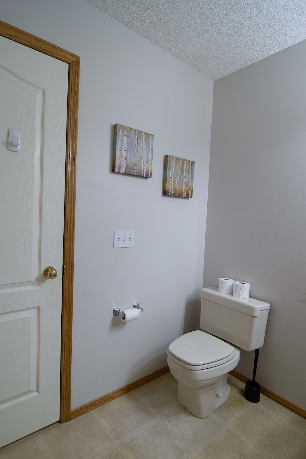 Calgary Townhouse For Rent | Edgemont | Gorgeous 2 bedroom townhouse ...