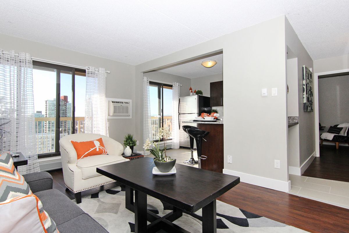 Strategies for Searching For the Best Apartments