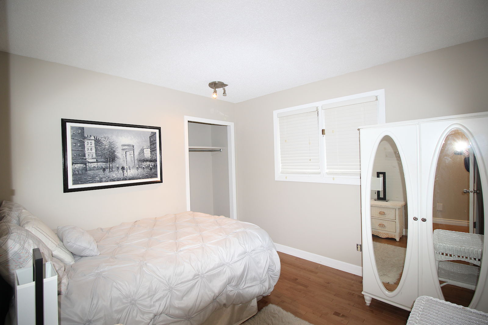 Calgary Pet Friendly House For Rent   Edgemont   Fully Furnished ...