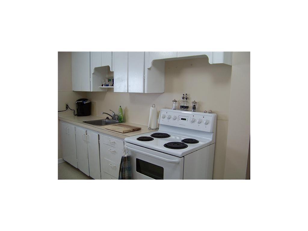 calgary basement for rent   banff trail, inner-city, nw   2