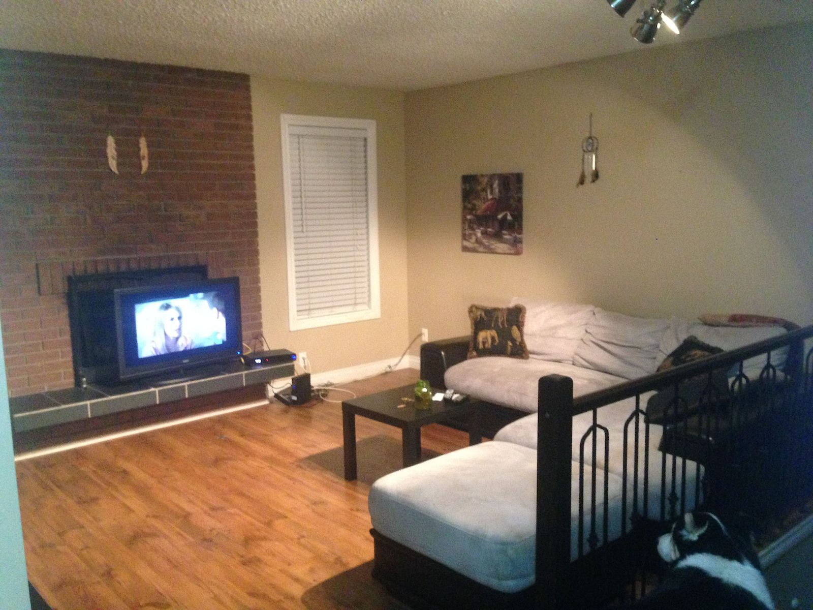 2 Bedroom Basement Suite Utilities Are Included