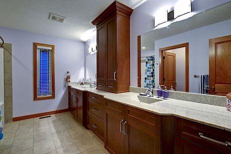 Upstairs washroom