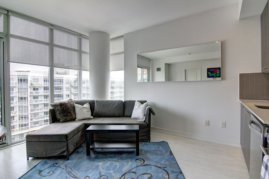 Gorgeous Furnished Condo in the heart of Toronto